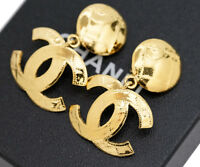 CHANEL CC Logos Dangle Earrings Gold Tone 94P w/BOX excellent v1825