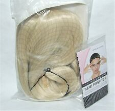 Comicon Cosplay Halloween Costume Long Hair Wig w/Mesh Cap - Champagne Blonde