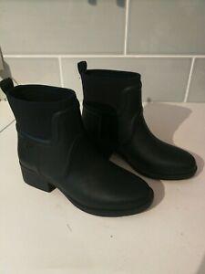 Tory Burch Rain Ankle Boot Black Molded Rubber/ Neoprene Size 7