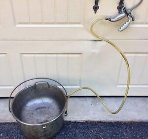 Ridgid 418 Oiler Bucket With Gun For Pipe Threader