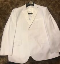 Mens white tuxedo.       Includes Jacket,         Pleated Front Shirt And Pants