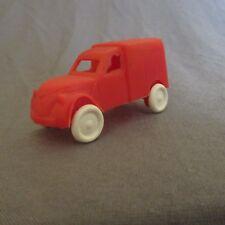 127F Vintage Jouet Bazar Plastique Citroën 2cv Fourgonnette Rouge 6 cm