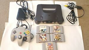Nintendo 64 Console - Smoke Grey with Controller, Power and AV cord, and Games