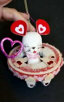 VINTAGE FLOCKED WHITE MOUSE VALENTINES DAY ORNAMENT PINK RED HEARTS