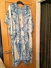 BNWT H&M Blue/White Leaf Patterned Kaftan Dress, One Size fits all