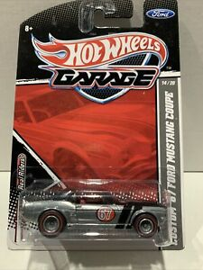 CUSTOM ' 67 FORD MUSTANG COUPE ~ HOT WHEELS ~ 2011 GARAGE SERIES ~ REAL RIDERS