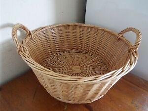 Wicker Basket w/ Handles storage / hamper / wine / gifts / veg etc 46.5cm wide
