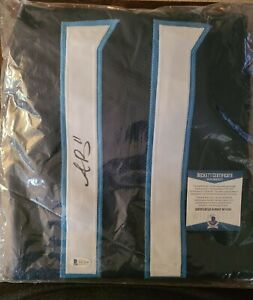 AJ Brown Autographed Navy Jersey - Beckett COA Tennessee Titans