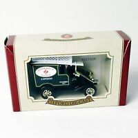 Oxford Die-Cast Manor House Hospital Van - Limited Edition - Open Box