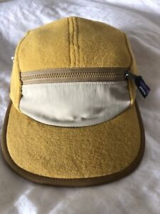NOS PATAGONIA Synchilla Patch Cap Gold Duckbill 5 Panel Fleece Yellow Hat