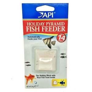 API Holiday Fish Food Blocks Aquarium Vacation Feed Feeder Pyramid 14 Days