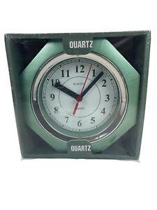 Vintage Rare Metalic Lime Green Raven Quartz Clock New Sealed