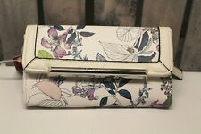 ENZO ANGIOLINI Wallet White floral NWT Trifold