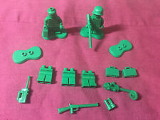 Authentic Lego Lot 2 Toy Story Army Men Minifigures & Extra Accessories 7595