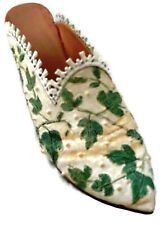 Just The Right Shoe By Raine and Willitts Touch Of Lace ©1999