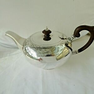 VINTAGE CHASED SILVER PLATE BULLET SHAPE TEAPOT TEA POT 4 - 6 CUP WALKER & HALL