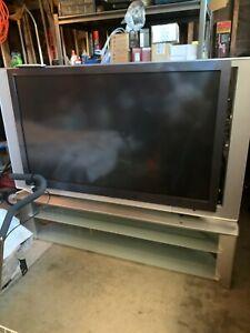 Sony Grand WEGA KDF-60XS955 TV with Sony Stand SU-GW12