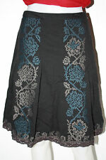 Ann Taylor Loft Embroidered Pleated Skirt Size 0P Black