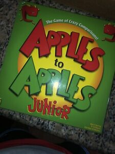 Mattel Games Apples to Junior - The Game of Crazy Comparisons