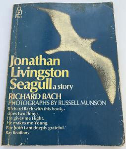 Jonathan Livingston Seagull a story by Richard Bach (Paperback 1974)