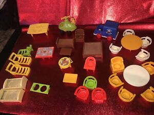 Vintage Fisher Price Play Little People Furniture Lot Snoopy Peanuts Cars