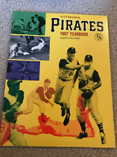 1967 VINTAGE PITTSBURGH PIRATE YEARBOOK - CLEMENTE NM+ CLEANEST I'VE SEEN