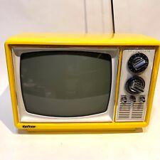 Vintage Mid Century Yellow Quasar B&W Television TV XP3163MY Works Nice!