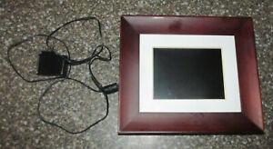 """Philips 7"""" Digital Photo Frame SPF3407D/G7"""