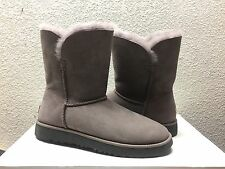 UGG CLASSIC SHORT CUFF STORMY GREY GRAY BOOT US 8 / EU 39 / UK 6.5 - NEW