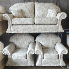 More than 4 Seats Traditional Sofas Solid