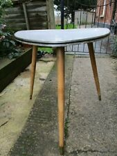 Fab Vintage Retro Kitsch Marble Formica Triangular Tall Side Coffee Lamp Table