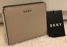 DKNY BRYANT EPI LEATHER BIFOLD PURSE WALLET FOG GREY CARD SLOTS NOTES COINS BNWT