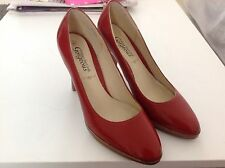 IMMACULATE  PAIR LADIES RED PLATFORM COURT SHOES WEDDING/FORMAL NEW LOOK SIZE 7