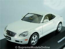 LEXUS SC430 2005 CAR MODEL 1/43RD SIZE WHITE PEARL 2 DOOR SPORTS TYPE Y0675J^*^