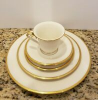 Lenox Eternal Dimension Collection 5 Piece Place Setting Ivory China