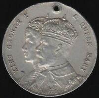 1935 George V & Queen Mary Medal | Pennies2Pounds