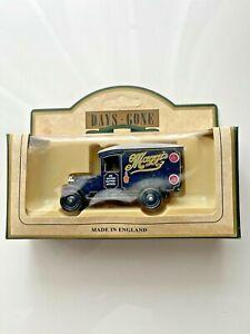 Days Gone Vintage Models: 1934 Chevrolet Van: Maggi's Soups