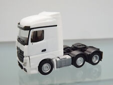 Herpa 305174-003 - 1:87 - MB Actros StreamSpace 6x2 trattore, Bianco - NUOVO