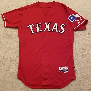 Texas Rangers Red Majestic Cool Base 44
