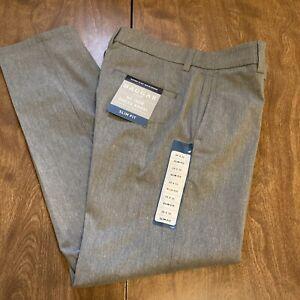 Haggar Men's H26 Dress Pants, Sz 29 X 30, Slim Fit, Grey, New w/o Tag