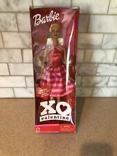 W 2002 XO Valentine Barbie Doll with Tic-tac-toe game Pink Red - Mattel 55517