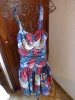 taille1('36-38)coquette robe voile a bretelles ,jupon dessous  femme,fillette