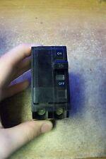Square D QO220 20AMP 2-Pole 1 Switch Circuit Breaker 240V