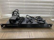 Shure UA844+SWB UHF Antenna Splitter Power Distribution System With Cables