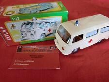 VW Bus T2 KOVAP Krankenwagen Blechspielzeug Blechauto Modell 1:43 (WP003)