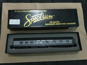 Bachmann Spectrum HO Scale New York Central Diner Car #636 Item# 89104 with box