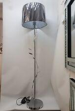 Diseño De Hojas Cromo Lámpara de pie con pantalla de Cónico Negro