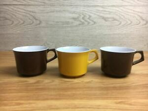 3 x Vintage Melaware Cups 2 x Brown And 1 x Yellow