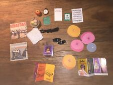 vintage Barbie acc lot : from dream house, records, knittingbowl etc 21 pieces