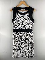 Banana Republic Women's Stretch Sleeveless Scoop Neck Dress Size M Black White